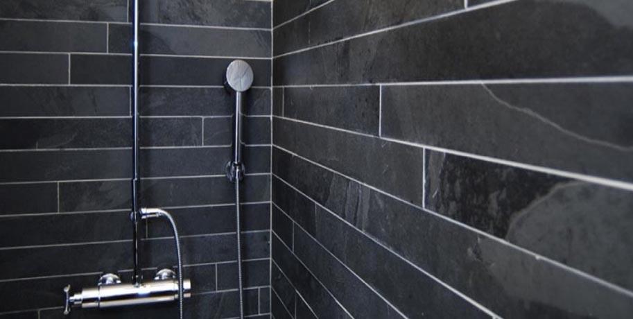 Large Gray Slate Tiles Bathroom Inspiration